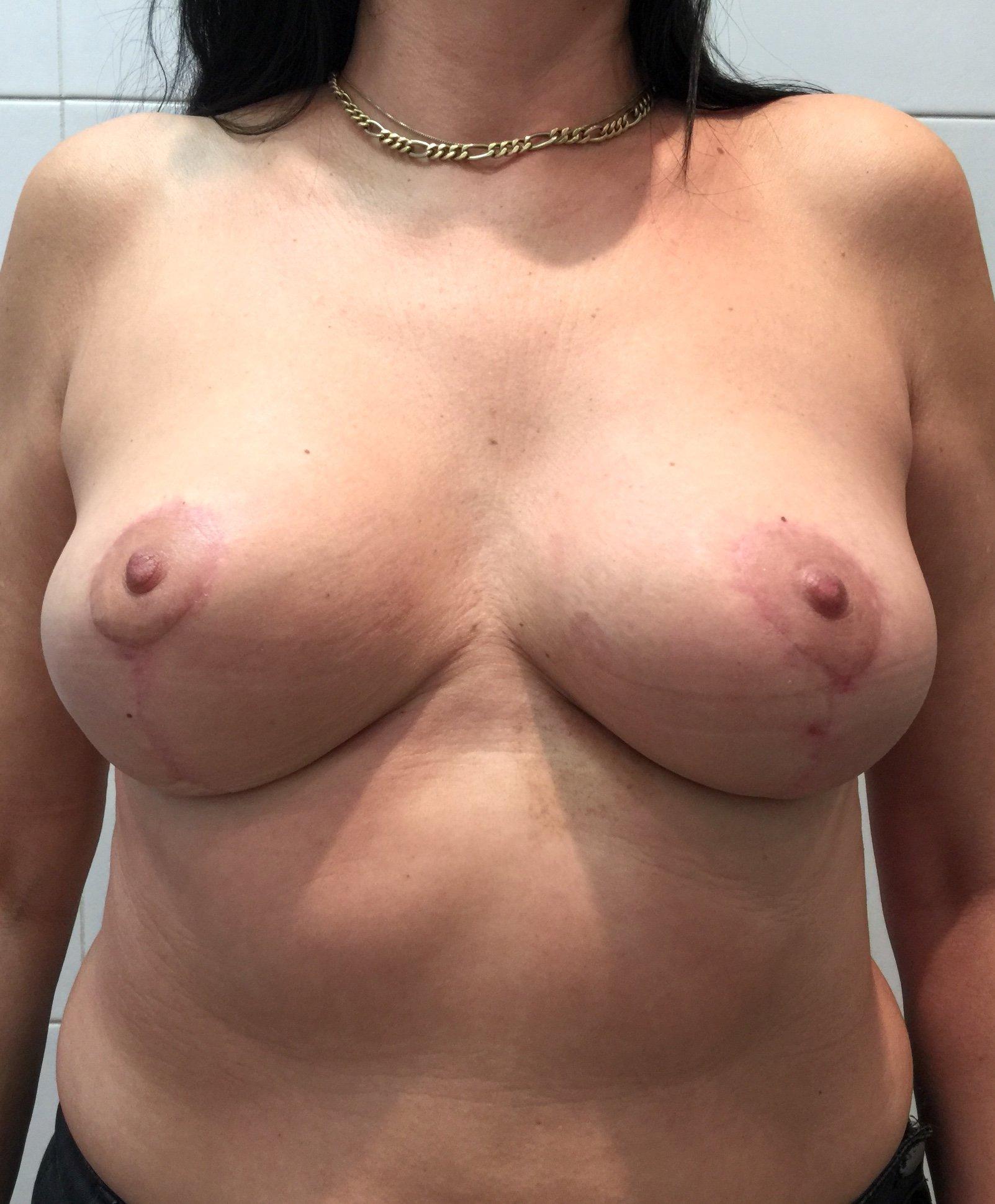 Маленькая грудь нравится